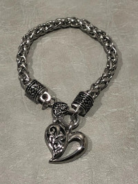 Ladies Free Form Heart Bracelet on a Designer Chain Stainless Steel  FREE SHIPPING - Product Image