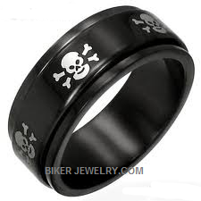 Skull and Cross Bone  Spinner Ring  Stainless Steel  Size 5-16  FREE SHIPPING - Product Image